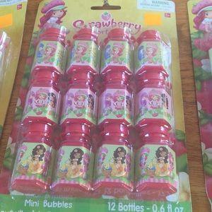 Other - NIB Strawberry shortcake mini bubbles 3 sets of 12